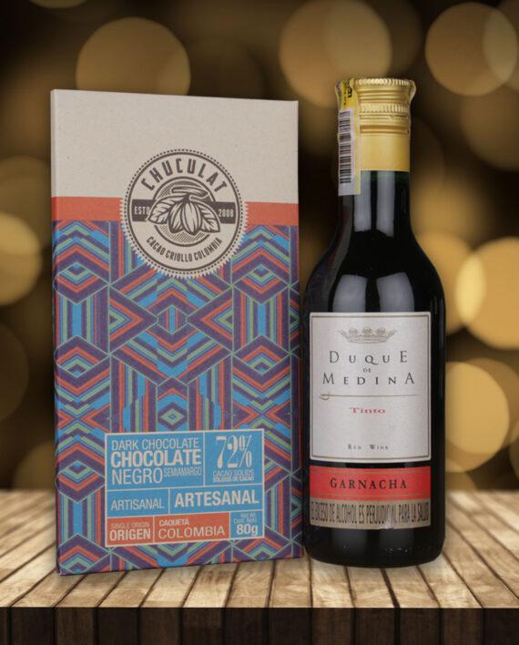 Caja de chocolate y vino